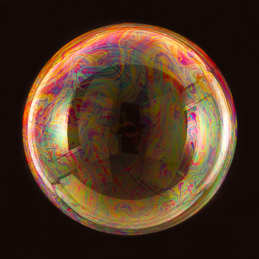 Perfectly round soap bubble