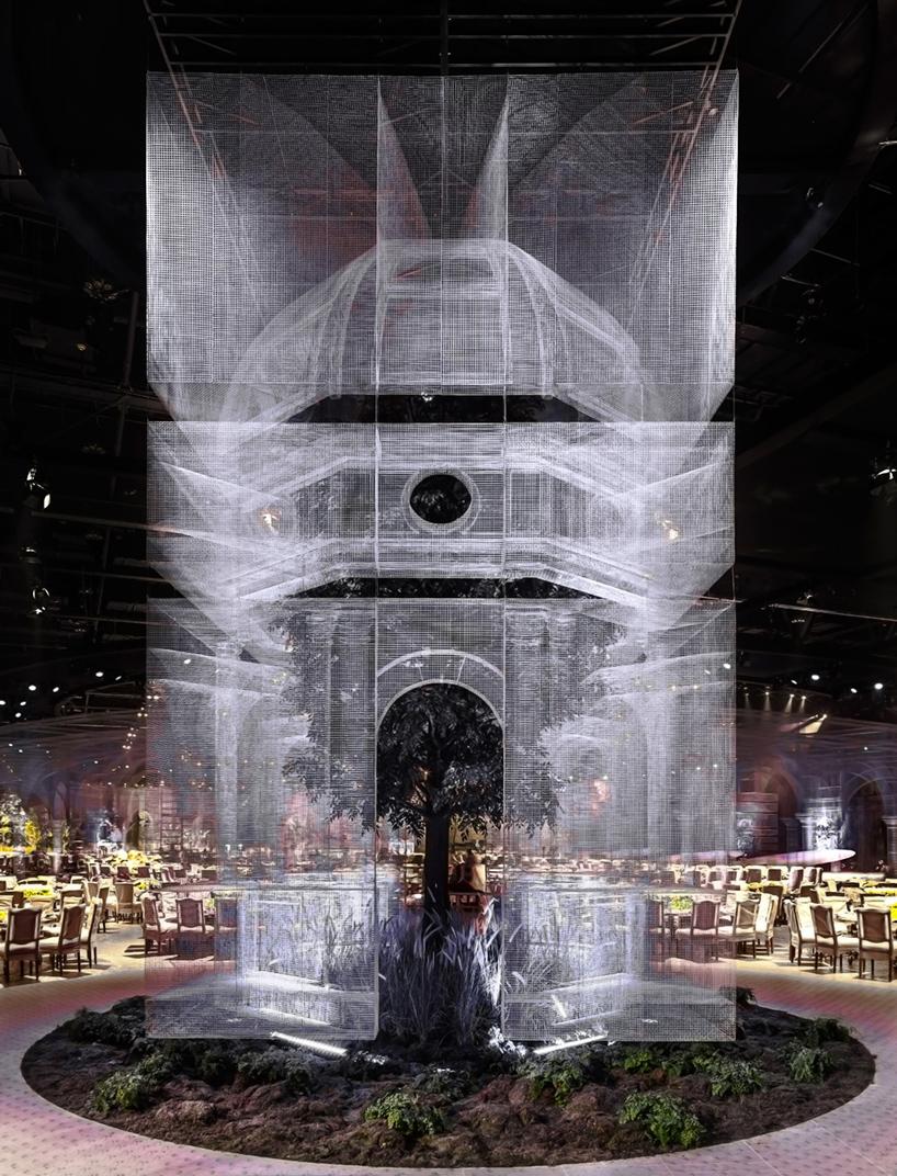 Edoardo Tresoldi replicas of Italian basilicas