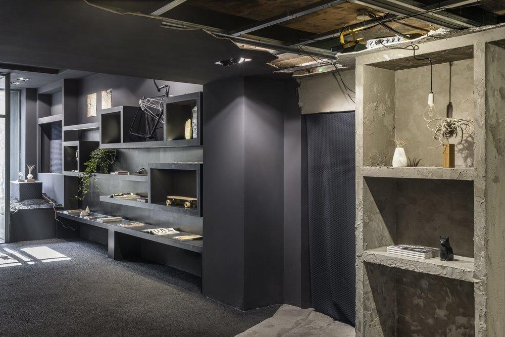 Minimal shop design & fitting studio