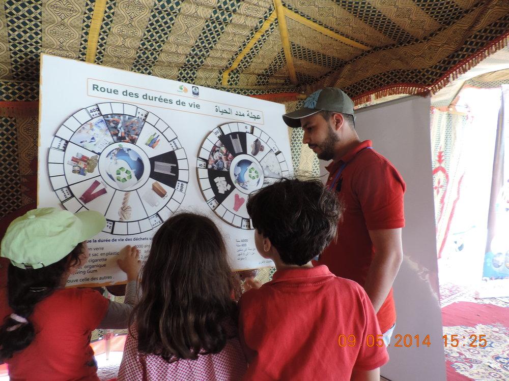 3 animateur (Musatafa Sadi) en formation test au Frorum de la mer El Jadida 7-11 mai 201.jpg