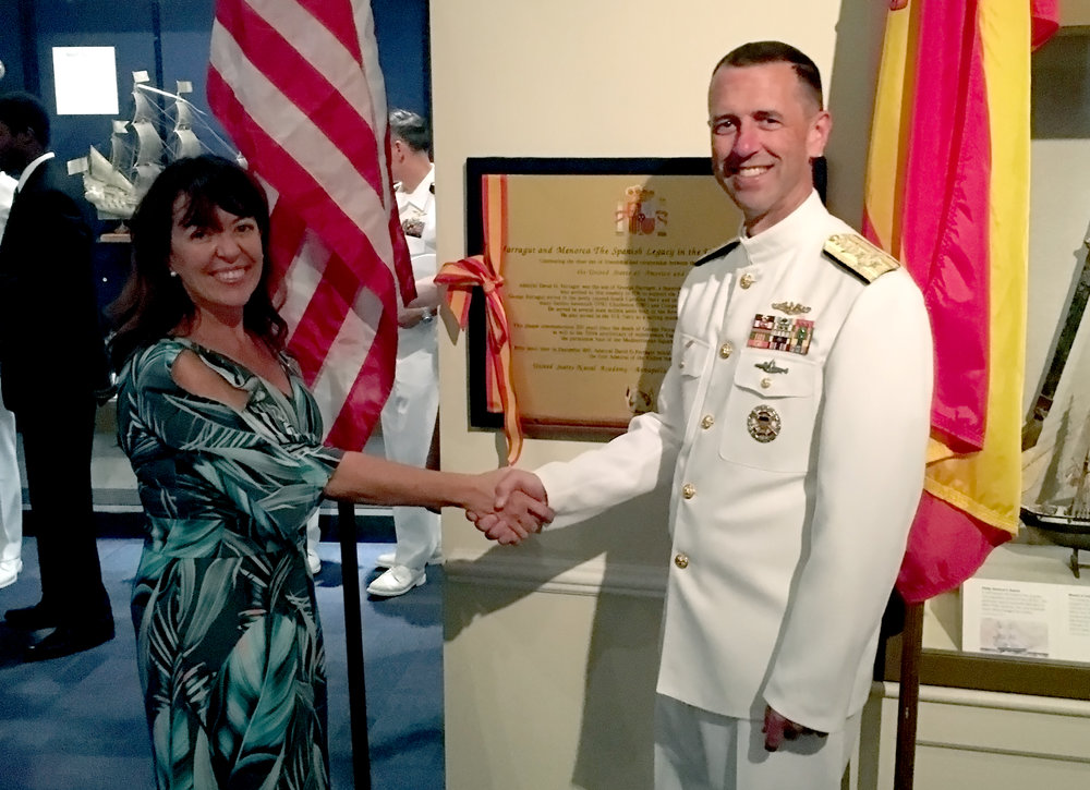 Presidente García en la inauguración de la Placa con U.S. CNO (Chief Naval Operations) Almirante Richardson.