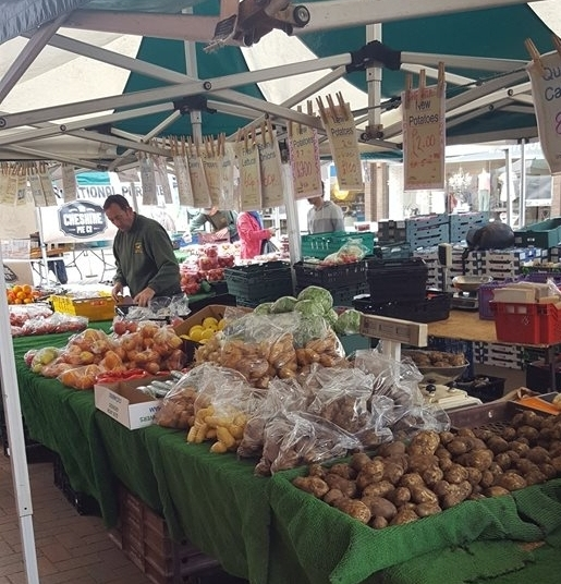 Thursday Charter Market  8am-4pm Sandbach Market Hall, High Street, Scotch Common, Little Common and more! Friday Market 9am-2pm             Sandbach Market Hall Saturday Market 8am-4pm               In and around Sandbach Market Hall -