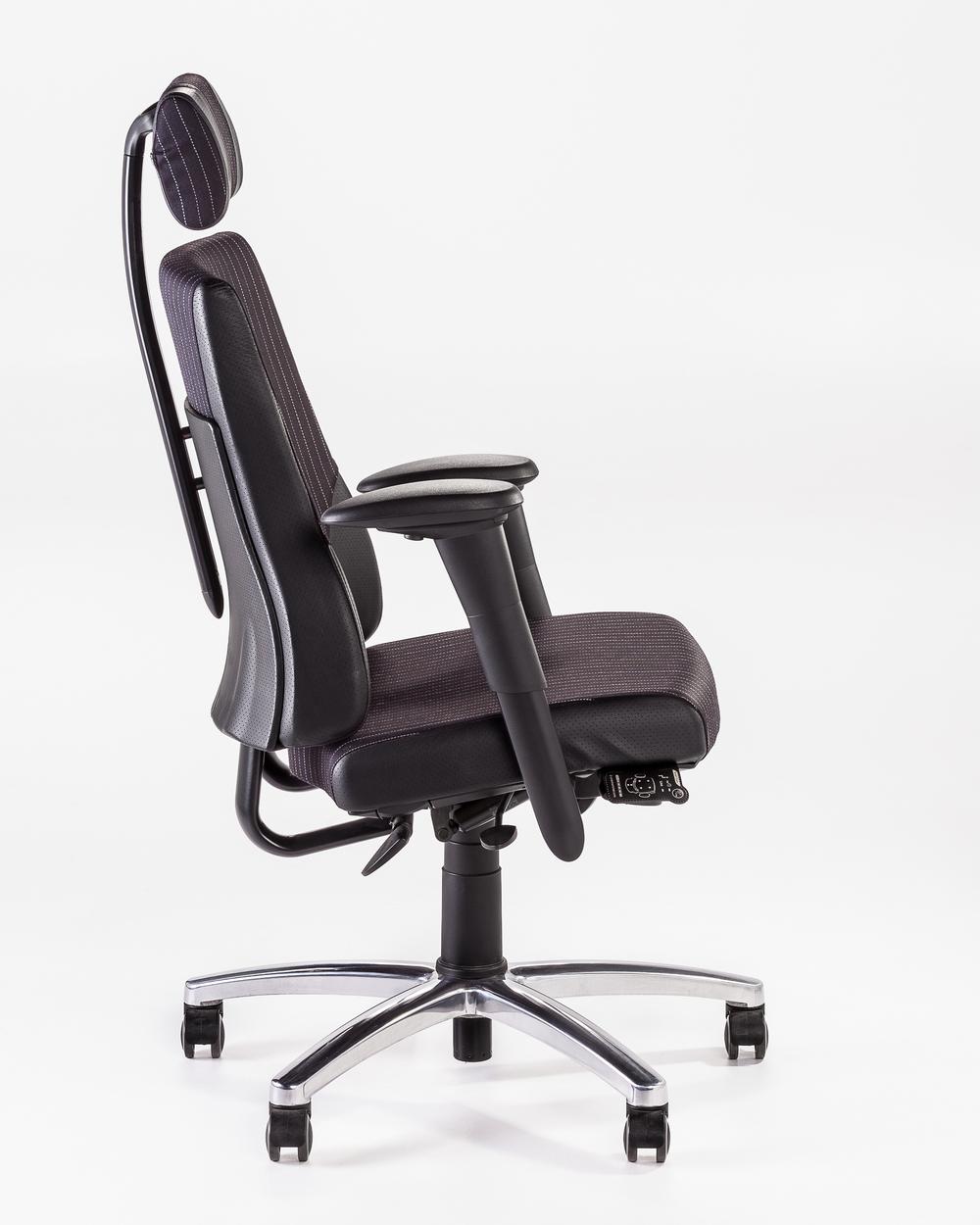 VDU chair glasgow.jpg