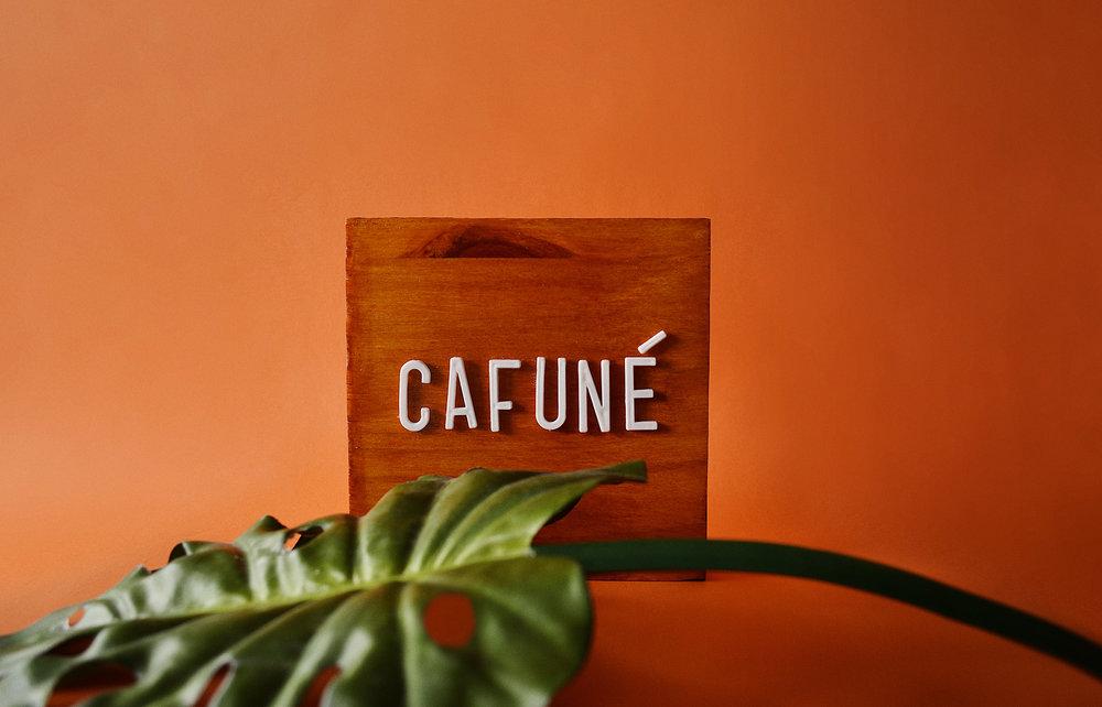 Cafuné (Caress).