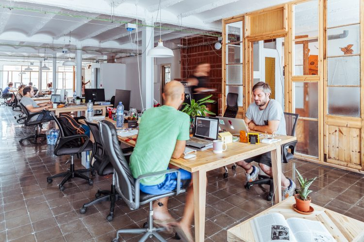 coworking-litt-nomads-thailand-live-abroad-travel