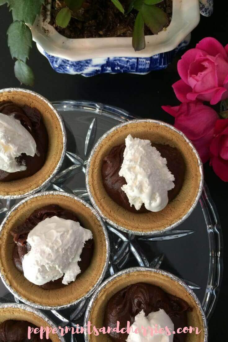 Amoré Hazelnut Mini Pies Recipe and a Review of Once Again™ Amoré Hazelnut Spread www.peppermintsandcherries.com