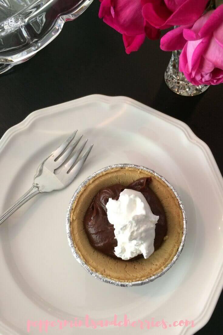 Amoré Hazelnut Mini Pies Recipe and a Review of Once Again™ Amoré Hazelnut Spread www.peppermintsandcherries.com
