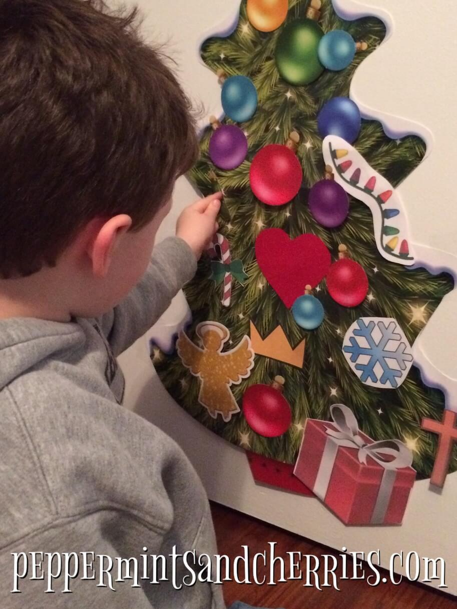 Decorate a Paper or Felt Tree as a Christmas Tradition for Children