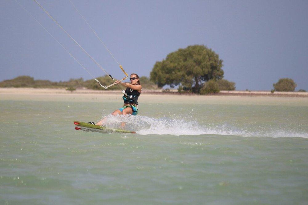 Annika -  Position: Instructor Assistant Größe: 164 cm Kites: Core XR Board: Concept X