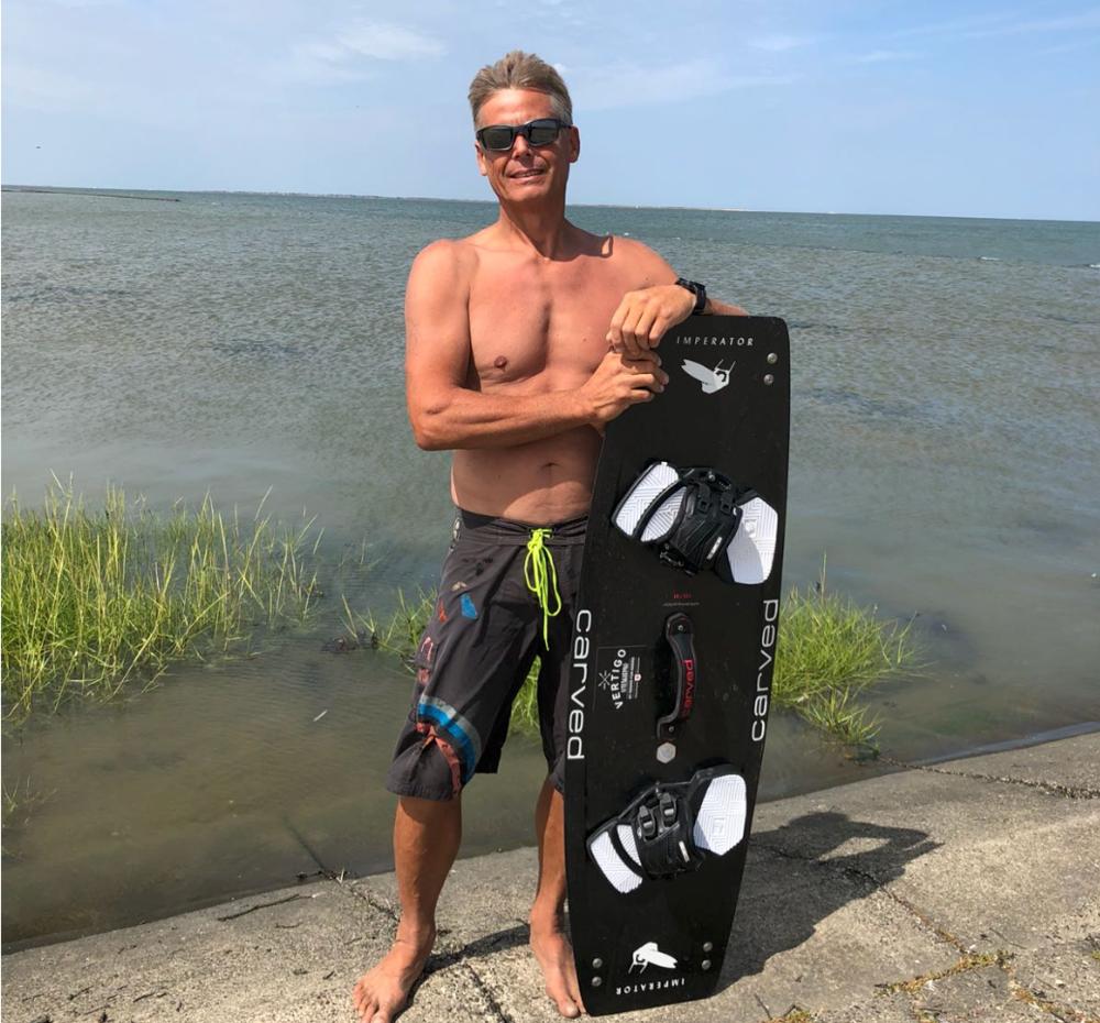 Uwe -  Position:Instructor Assistant Größe: 180 cm Kites: Core XR Board: Carved Imperator