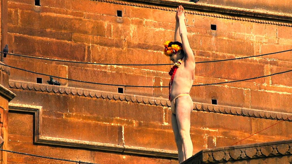 Yogi Pranam Varanasi.jpg