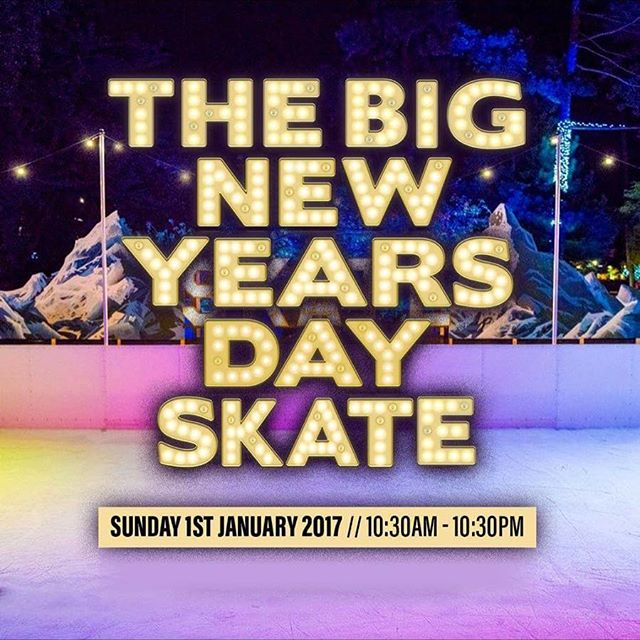 Happy New Year from the @ice_skate_bournemouth team ! #iceskate #newyearsday #bournemouth #family