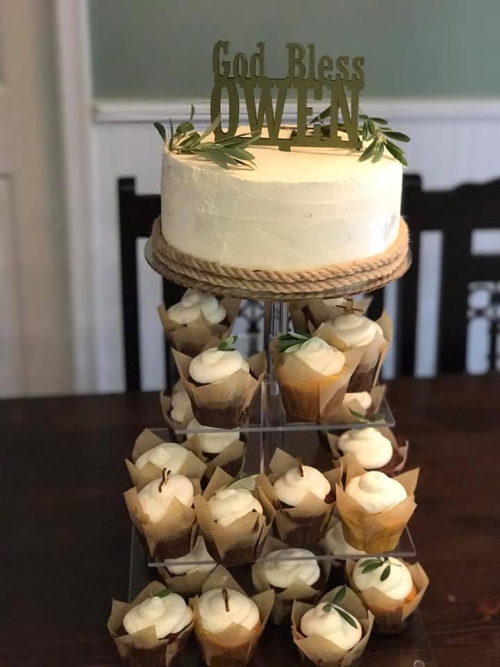 One Tier Cake & Cupcakes