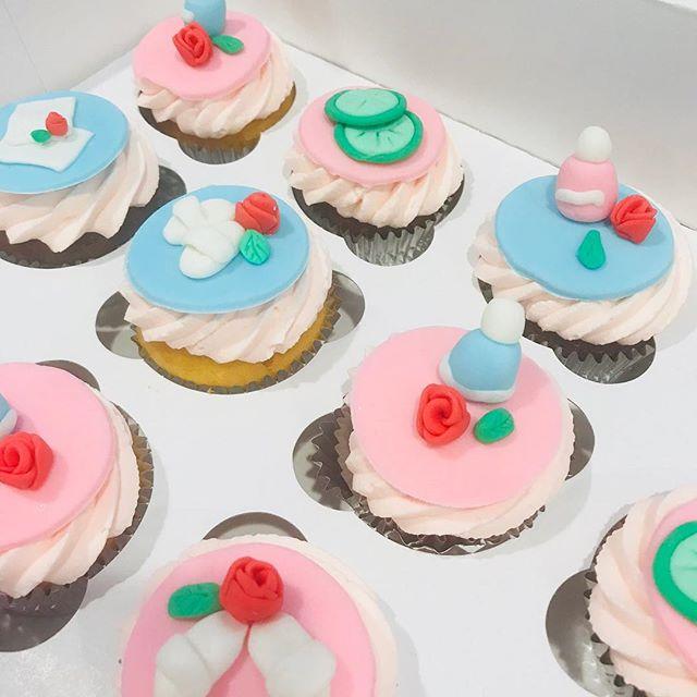 Spalicious cupcakes!