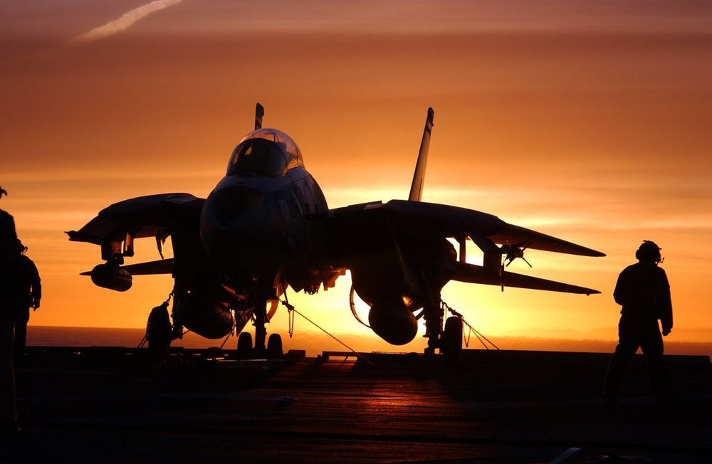 military-jet-fighter-aircraft-carrier-sundown-silhouette-40830.jpg