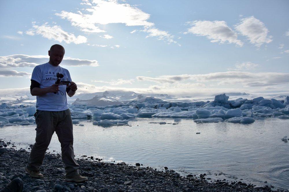 ICELAND 2016 - Zaczęło się w 2016 wyjazdem na Islandię ze stowarzyszeniem Soliści. Obecnie to stała współpraca i cykliczna produkcja filmów podróżniczych z corocznych wypraw po całym świecie.