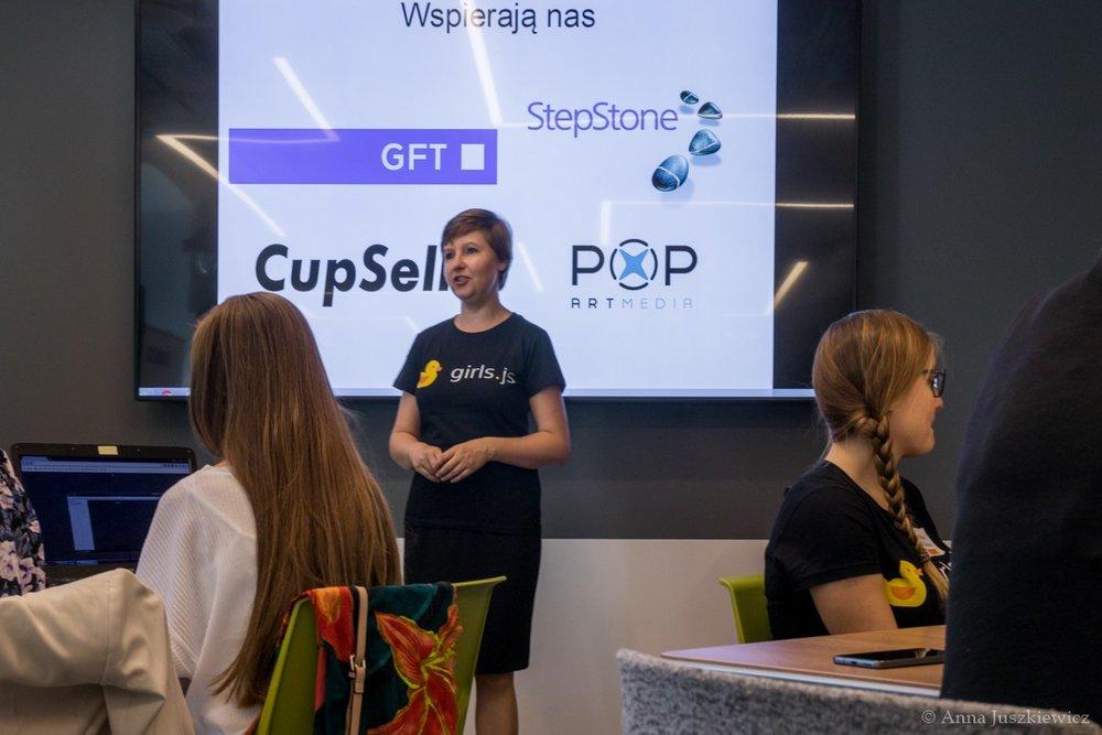 WARSZTATY PROGRAMOWANIA GIRLS.JS - Wspieramy pro bono genialną inicjatywę GIRLS.JS - warsztaty programowania dla kobiet.