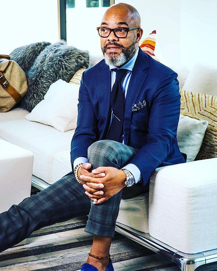 The Look: True Blue:  Blue Navy tweed herringbone vintage retro trousers ($90) by Cavani; Blue 100% Wool One Button Vintage Cobalt Blue Blazer ($495) by Versace V2.