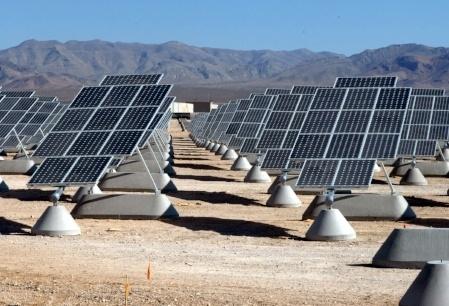 11AZsecNellis_AFB_Solar_panels.jpg