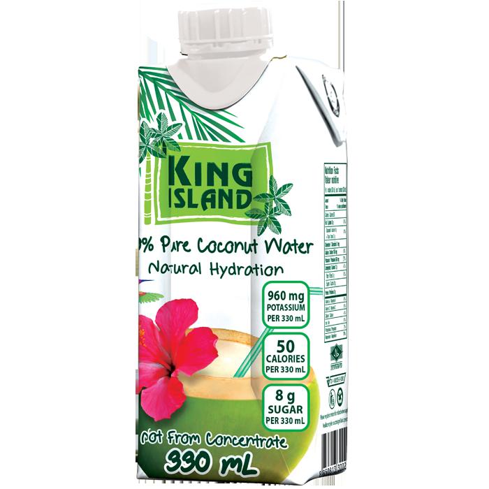 Eau de noix de coco 100% pure 330mL   L'eau de noix de coco King Island est extraite de jeunes noix de coco vertes de la Thaïlande.  Non fait de concentré. Sans sucre ajouté. Sans agent de conservation. Sans gras. Sans cholestérol. Sans allergène. Sans gluten. Sans OGM. Excellente source de potassium. Source de magnésium.  La façon naturelle et rafraîchissante de se réhydrater rapidement     Ingrédients:   Eau de noix de coco 100 % pure  Format de la caisse: 12 x 330mL