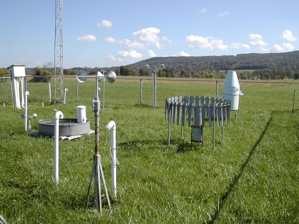Cornell Weather Station - Cornell monitors Lake Cayuga, and is your source for all lake related weather information!