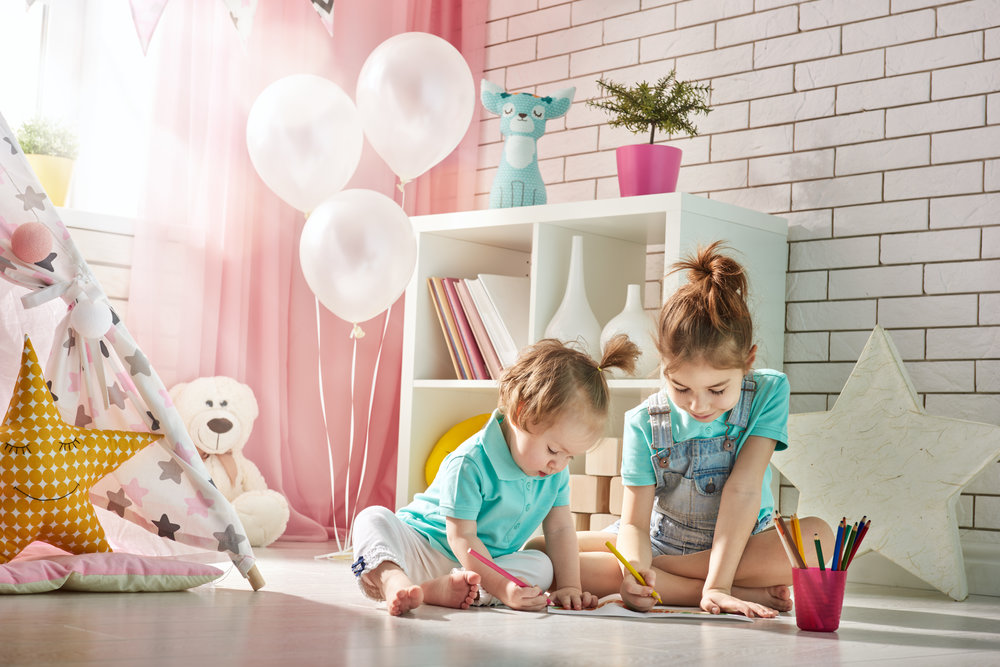 happy-children-play-PS677ZZ.jpg