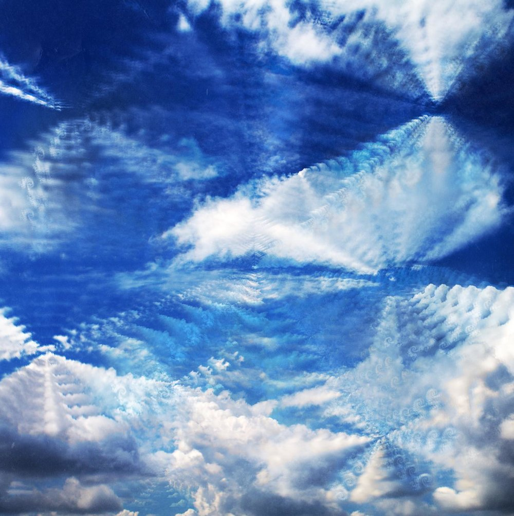 Fractally mirrored clouds