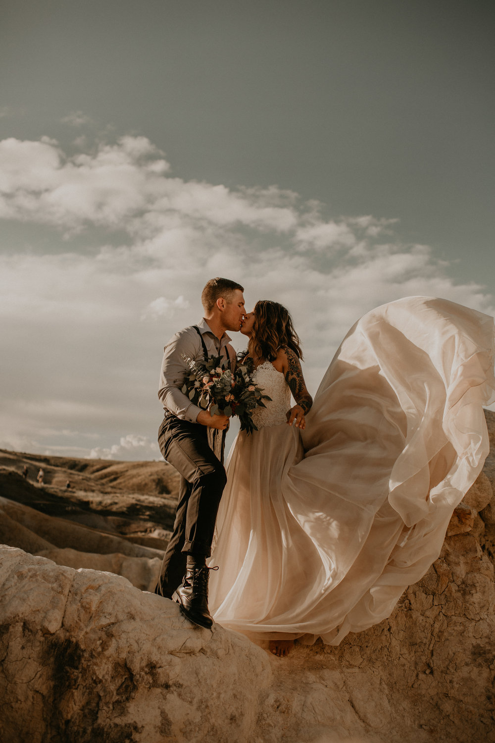 adventure barefoot elopement | paint mines, colorado