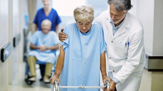 102322585-elderly-assistance.530x298.jpg