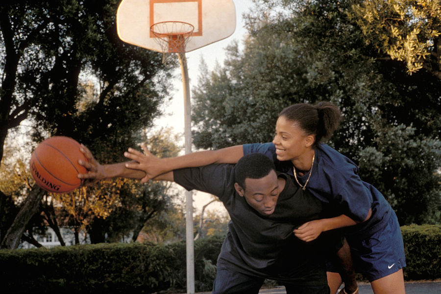 Love-Basketball game play.jpg