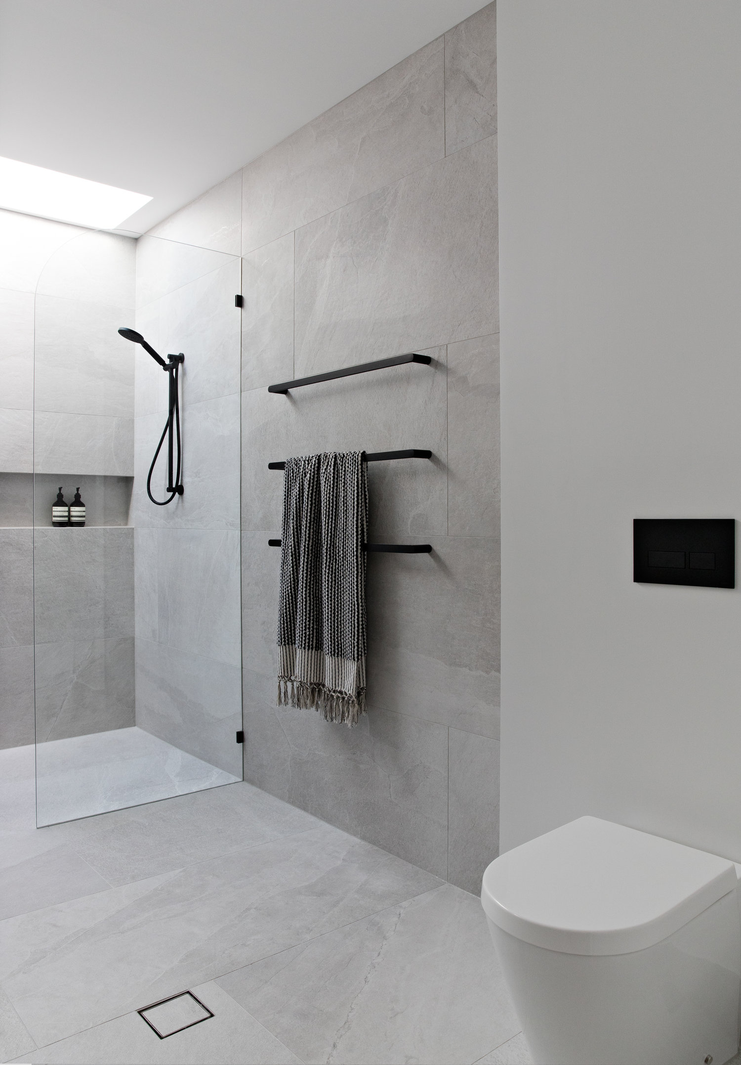 Creating A Designer Look In Your Bathroom With Towel Rails Zephyr Stone