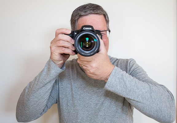 How to hold camera-8766