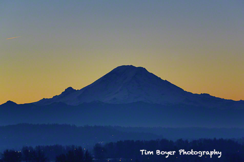 An early morning image of Mount Rainier above the Kent Valley.