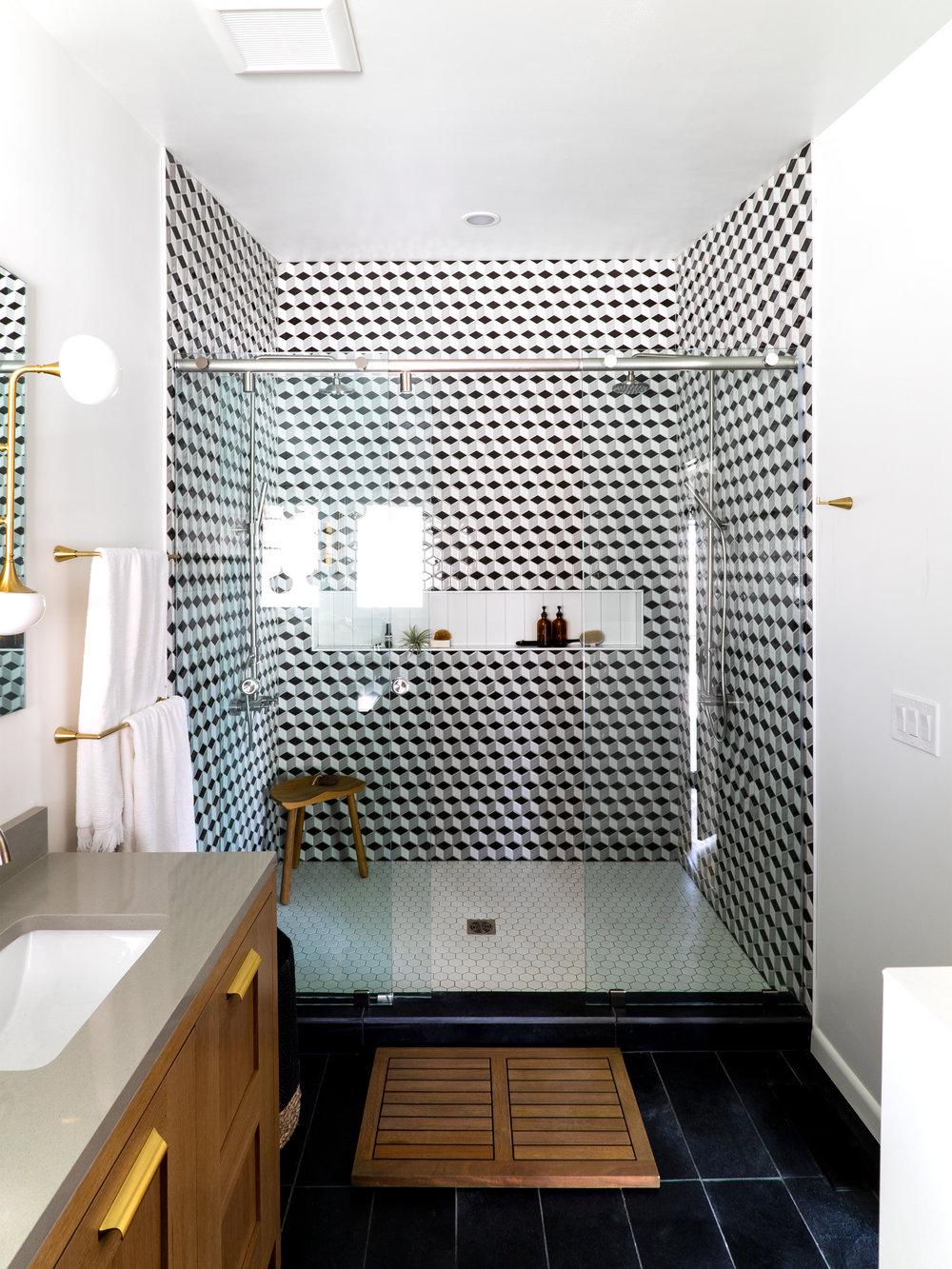 Meadowmoor Kirby Kelly Master Bath shower vertical.jpg