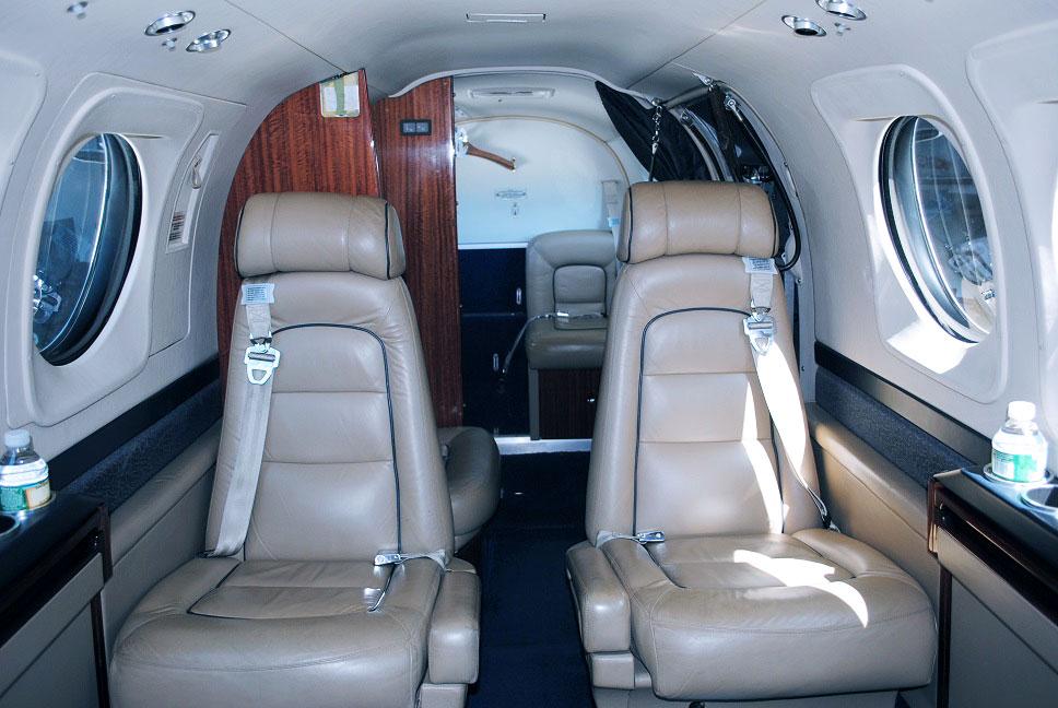 interior-plane_reliant2.jpg