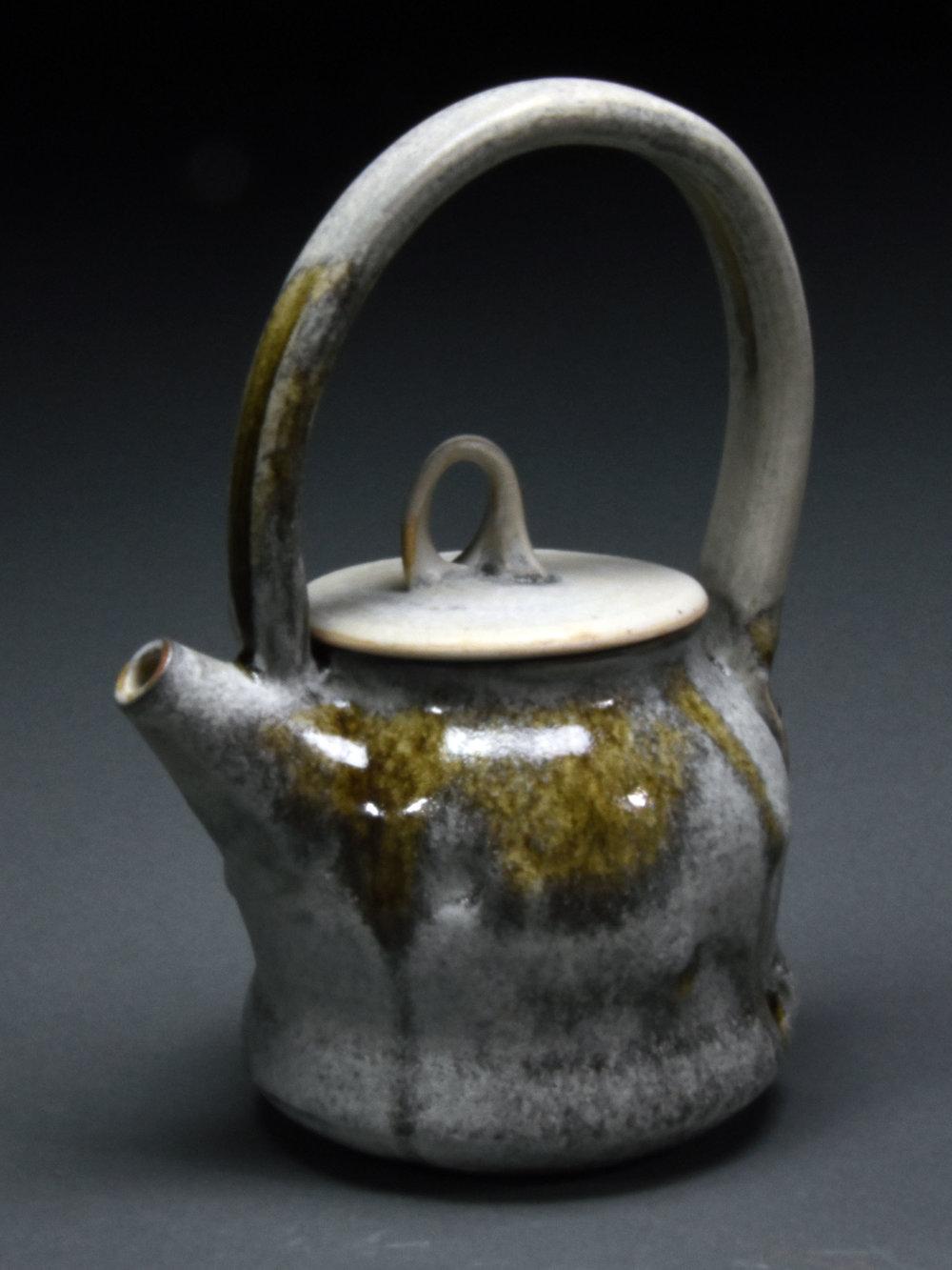 Teapot,Elizabeth Demerson