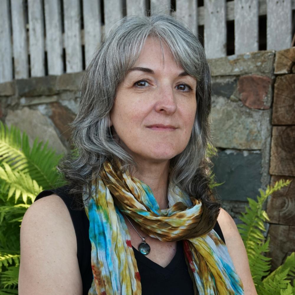 Theresa MacKnight