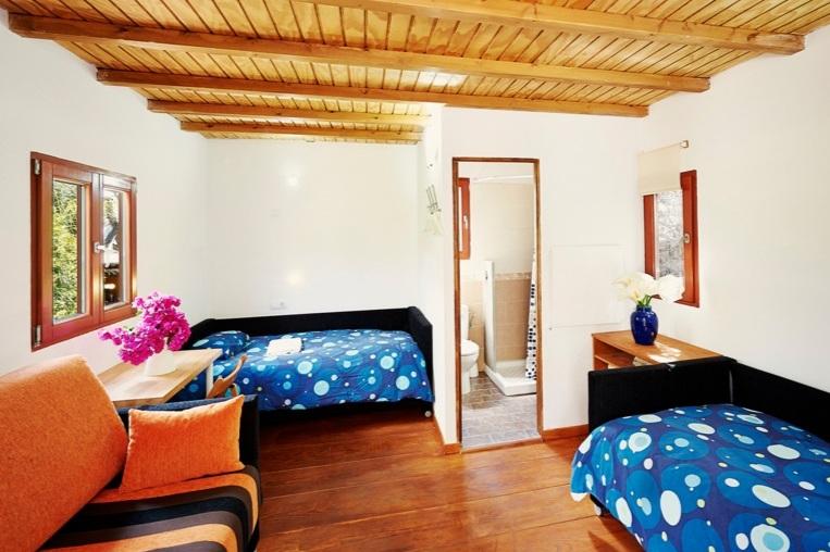 mandalablueyoga_retiro_silencio_dormitorio-1.jpg