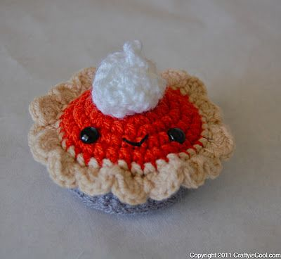 Crochet Pumpkin Pie from Crafty is Cool