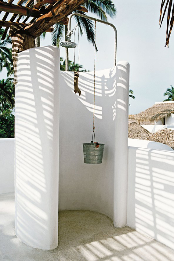 10-and-co-bathroom-love-outdoor-shower-conde-nast-traveller-hotel-azukar-mexico.jpg