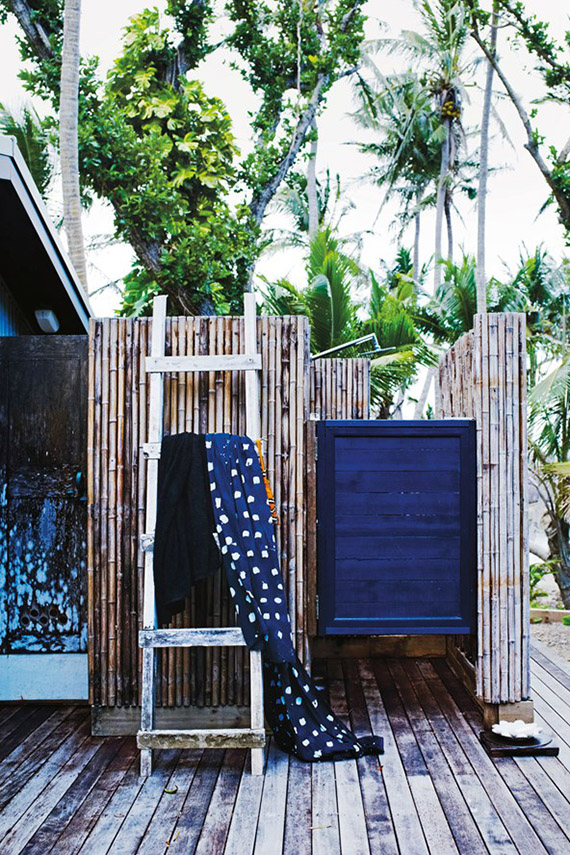 10-and-co-bathroom-love-outdoor-shower-bedarra-island-villa-conde-nast-traveller.jpg