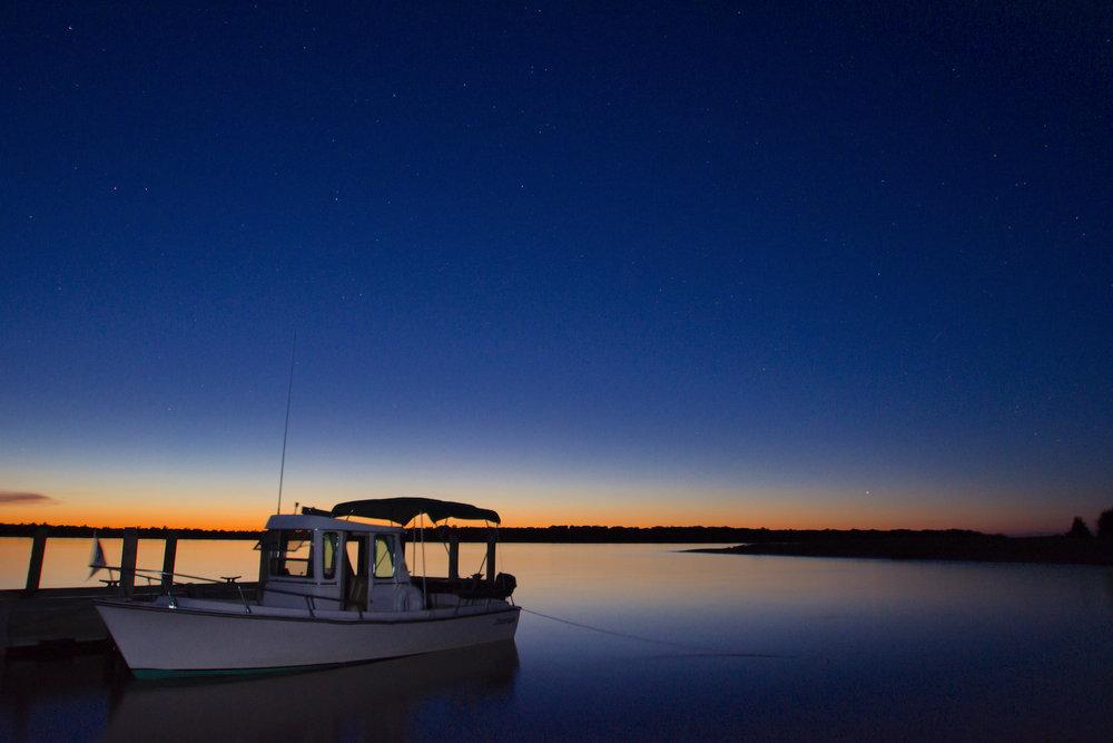sunset boat 1500.jpg