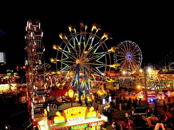 d0e1dce591e186ee564561e32765dde5--carnival-rides-the-carnival.jpg