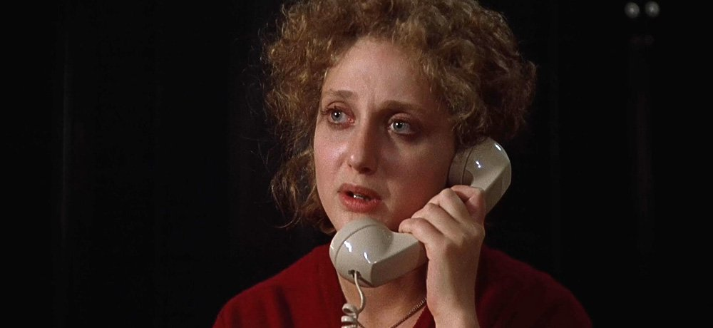 Still of Carol Kane as Jill Johnson in WHEN A STRANGER CALLS, 1979