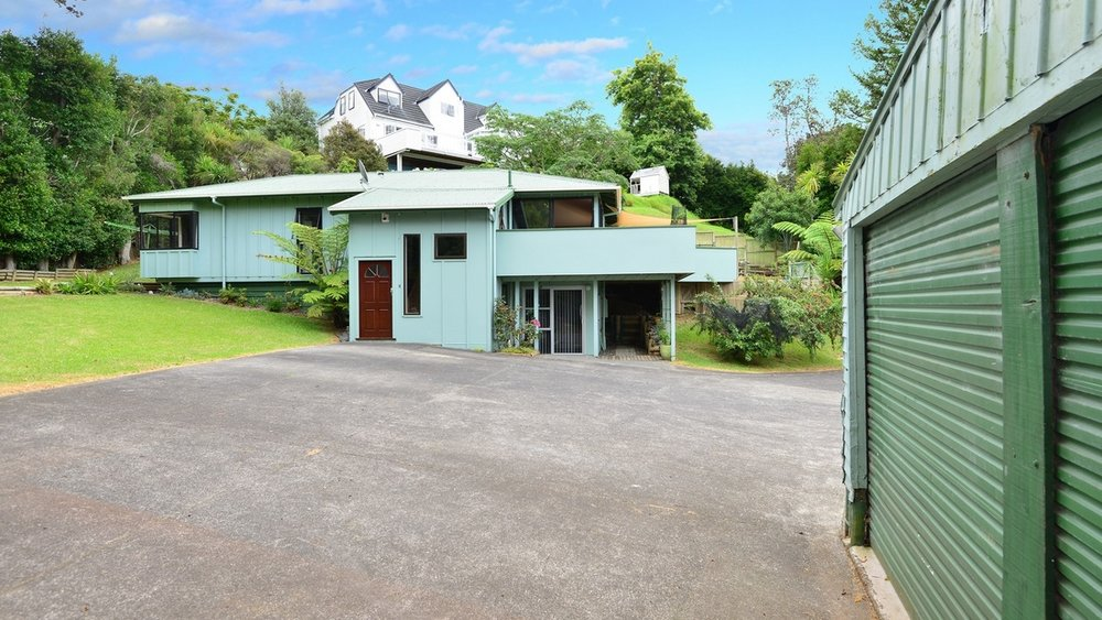 34 AWARUKU ROAD, TORBAY.jpg