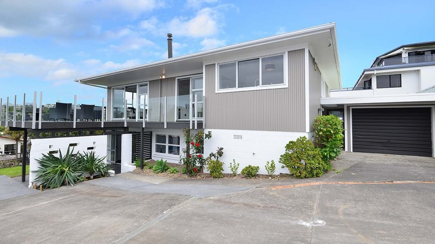 "33B HYDE ROAD - ROTHESAY BAY   ""Big House, Big Views, Big on Quality Family Home""   Stunning 5 bedroom, 2 bathroom home. Gorgeous, ultra modern renovation throughout with awesome sea views. The whole family will love this!"