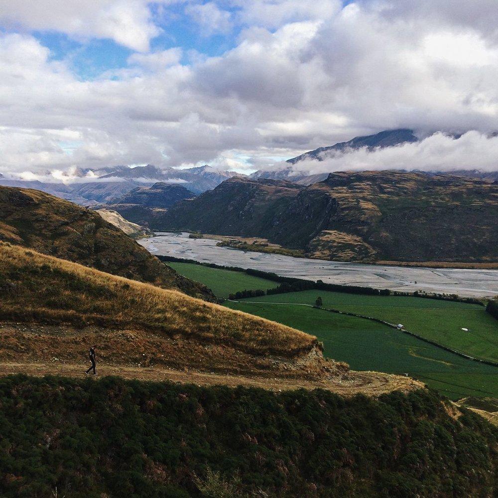 Steen-Jones-Artist-Travel-New-Zealand-Instameet-16.jpg