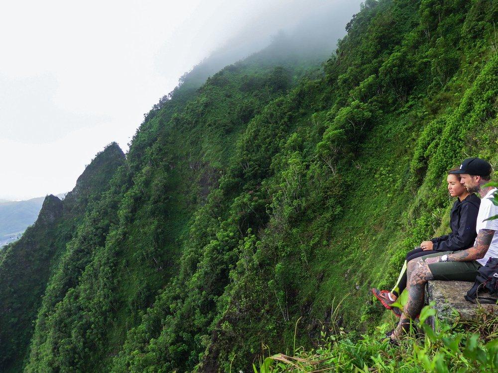 Steen-Jones-Artist-Travel-Hawaii-Stairway-09.jpg