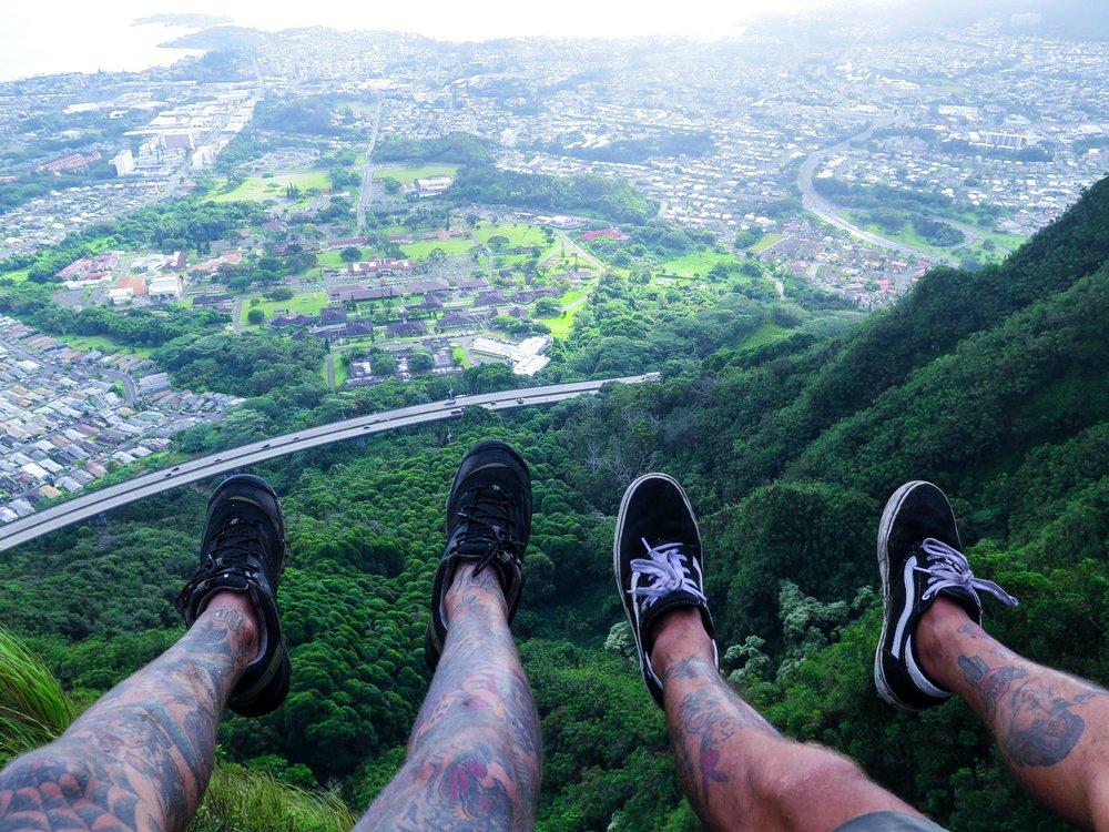 Steen-Jones-Artist-Travel-Hawaii-Stairway-10.jpg