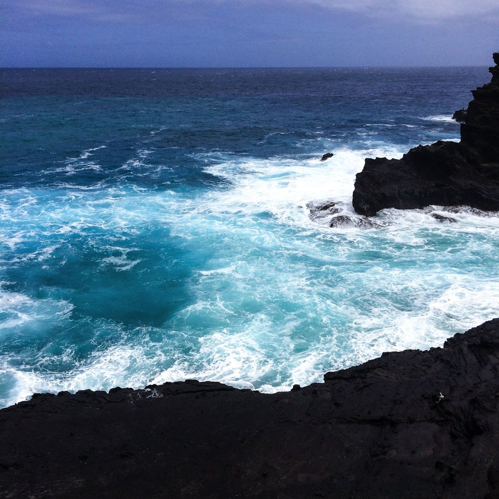 Steen-Jones-Artist-Travel-Hawaii-Stairway-13.jpg
